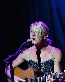 Carrie Elkin Wiki,Biography, Net Worth