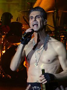 Perry Farrell Wiki,Biography, Net Worth