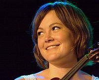 Sara Watkins Wiki,Biography, Net Worth