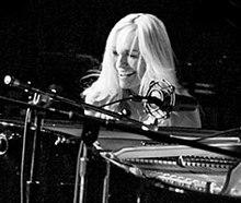 Lisa Hilton (musician) Wiki,Biography, Net Worth