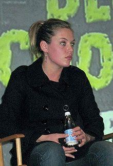 Agnes Bruckner Wiki,Biography, Net Worth