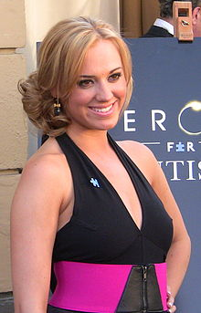 Andrea Bowen Wiki,Biography, Net Worth