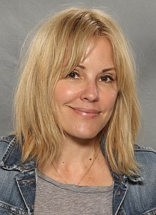 Emma Caulfield Wiki,Biography, Net Worth
