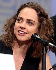 Fiona Dourif Wiki,Biography, Net Worth