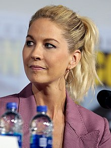 Jenna Elfman Wiki,Biography, Net Worth