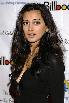 Noureen DeWulf Wiki,Biography, Net Worth